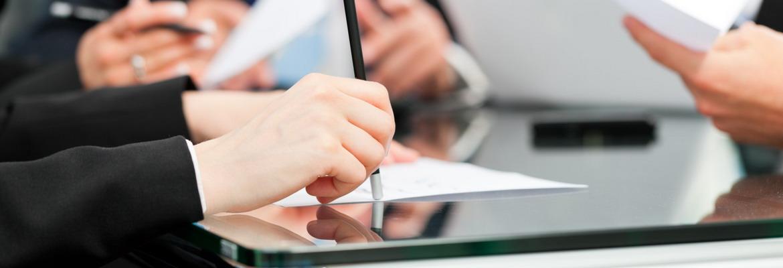 Dilatada experiencia en el asesoramiento y defensa de trabajadores y empresas