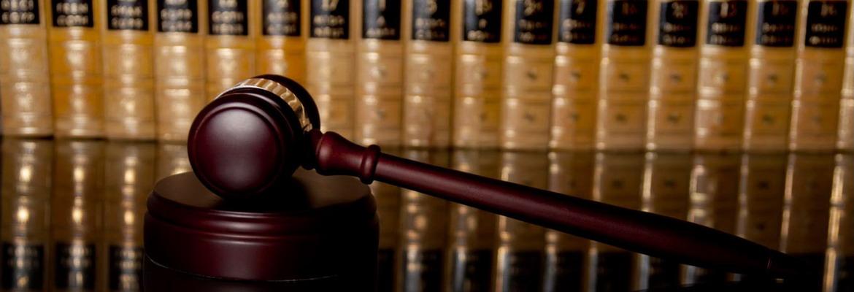 Amplia experiencia en la defensa de toda clase de delitos ante todas las instancias